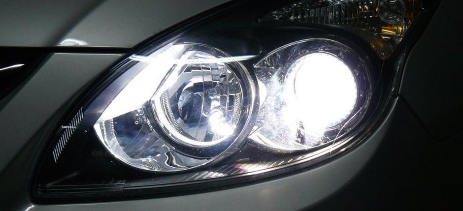Hyundai-i20-LED-+-xenon-5000K-51