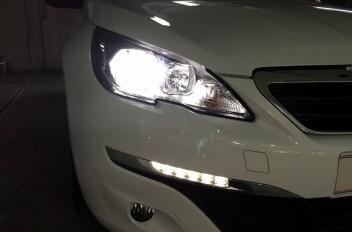 Peugeot 308 2015.