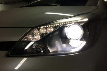Toyota Yaris Hybrid